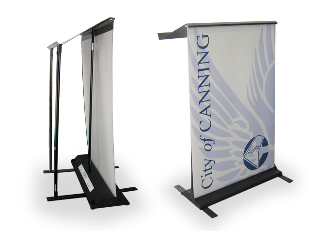 Toucan Pull Up lectern - A quick and easy way to support your speaker